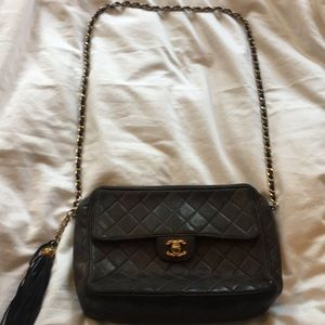 CHANEL Vintage Lambskin Tassel Flap Bag - Black